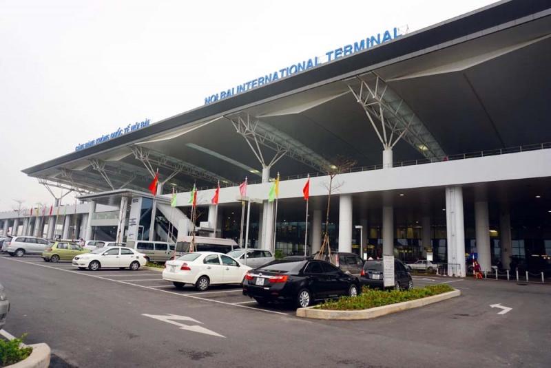 Khách Hàn Quốc suýt bị bỏ rơi tại sân bay Nội Bài