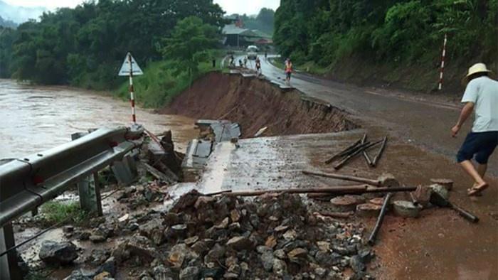 13 người chết và mất tích do mưa lũ ảnh hưởng từ hoàn lưu bão số 4
