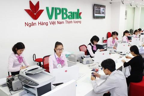 4 sếp lớn VPBank đăng ký mua tổng cộng hơn 18,3 triệu cổ phiếu VPB