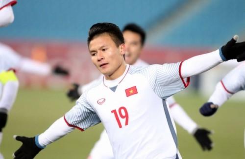 Lãnh đạo Hà Nội FC xác nhận việc nhiều đội bóng nước ngoài đang 'chèo kéo' Quang Hải