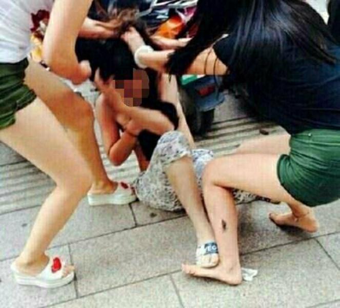 Đắk Nông: Nữ chủ tiệm Spa đánh đập, ép khách viết giấy nợ 30 triệu đồng bị bắt giữ