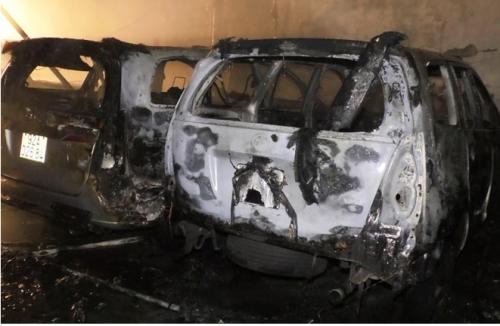 Gara ở Đà Nẵng bốc cháy cháy trong đêm, nhiều ô tô bị thiêu rụi