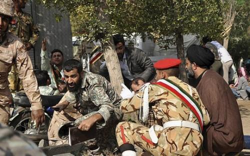 Iran đã cho triệu tập đại sứ Hà Lan, Đan Mạch và Anh sau vụ xả súng đẫm máu tại lễ diễu binh