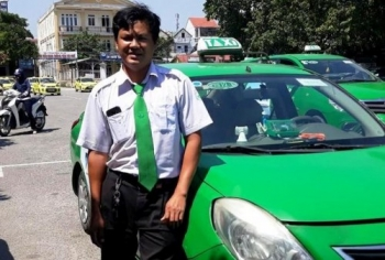 tai xe taxi o hue do de thanh cong cho thai phu tro da tren xe