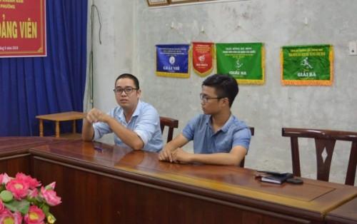 Tác nghiệp ở bãi rác Khánh Sơn, Đà Nẵng, phóng viên bị khống chế, đe dọa chôn sống