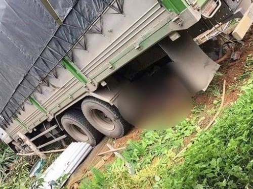 Lào Cai: Xe tải lao thẳng vào nhà dân khiến 2 vợ chồng tử vong
