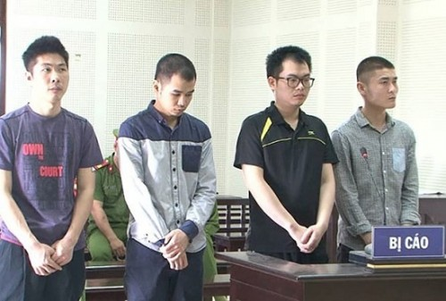 Tuyên án 4 đối tượng người Trung Quốc dùng thẻ ATM giả để trộm tiền