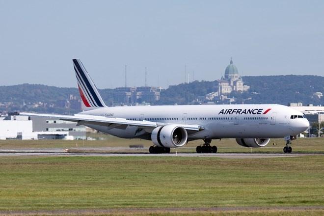 Máy bay của Air France chở 282 hành khách phải đổi hành trình do sự cố