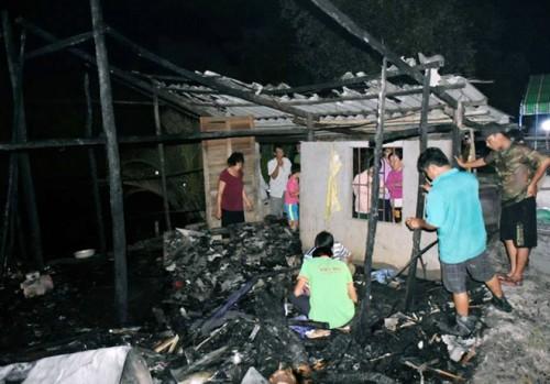 Cà Mau: Bé gái bại liệt tử vong thương tâm trong căn nhà bốc cháy