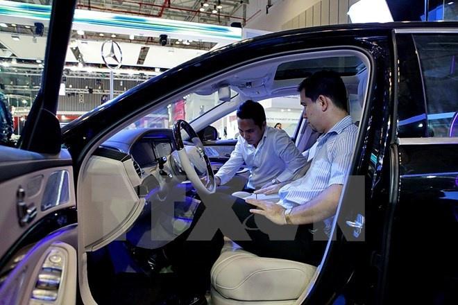 Ôtô xuất xứ Indonesia đổ mạnh vào thị trường Việt
