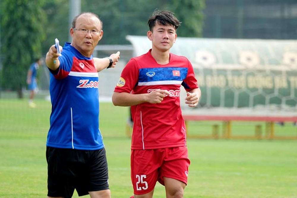 HLV Park Hang-seo gọi thêm 6 tuyển thủ lên đội tuyển quốc gia để chuẩn bị cho giải bóng đá Asian Cup 2019