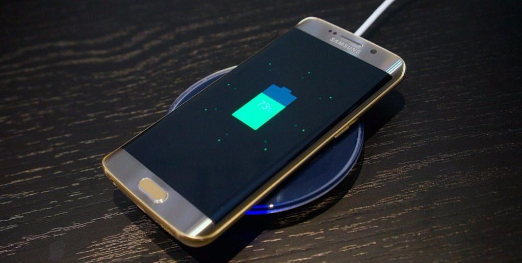 Những xu hướng phát triển trên điện thoại trong năm 2018