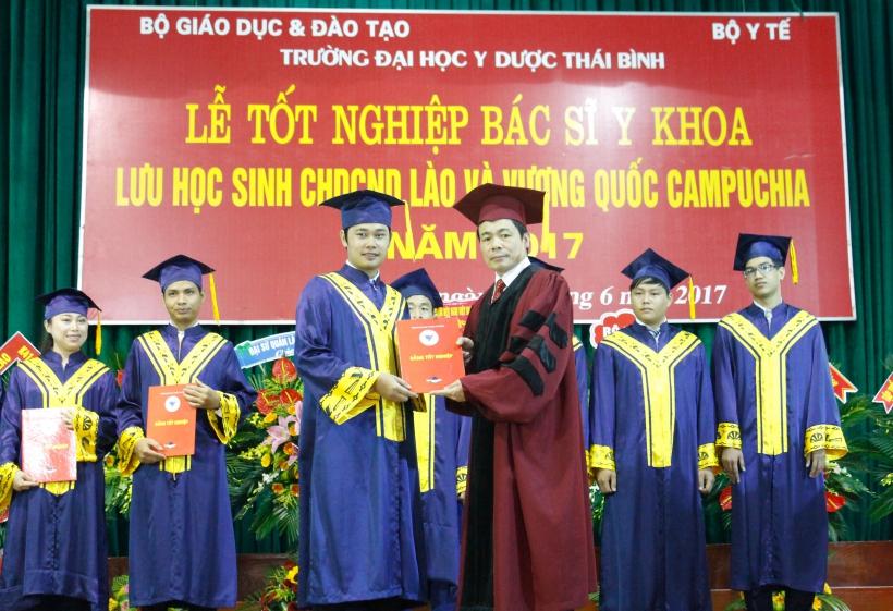Quản lý người nước ngoài học tập tại Việt Nam