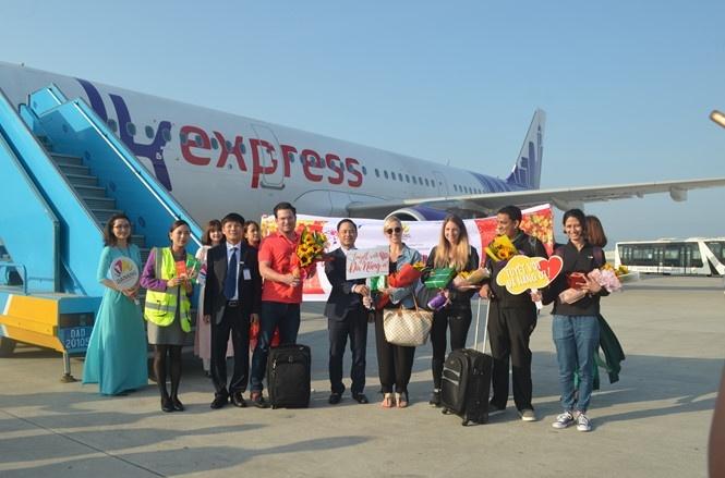 Gần 200 du khách quốc tế xông đất Đà Nẵng