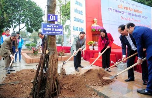 Hà Nội: ÔNg Hoàng Trung Hải dự Lễ phát động Tết trồng cây