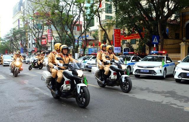 Hà Nội: Ra quân bảo đảm trật tự an toàn giao thông đầu năm