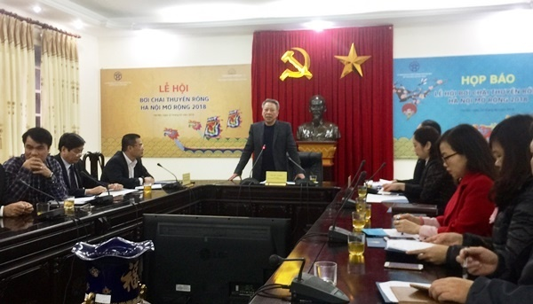 Hà Nội tổ chức lễ hội bơi chải thuyền rồng mở rộng 2018 với 27 đội tham gia