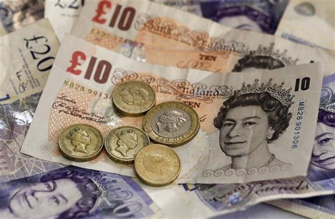 Ngân hàng Anh hạ thấp dự báo về mức tăng trưởng kinh tế