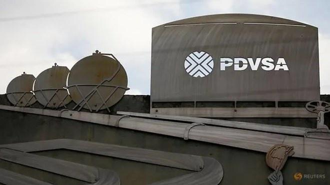 Reuters: Ngân hàng lớn thứ ba của Nga quyết định đóng băng tài khoản của Tập đoàn dầu khí quốc gia Venezuela