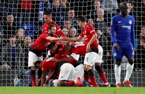 Hạ gục Chelsea với tỉ số 2-0, M.U giành vé vào tứ kết FA Cup