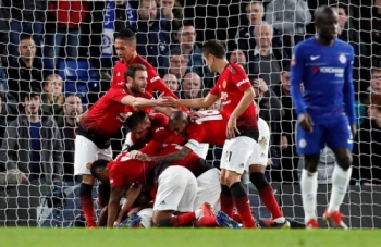 ha guc chelsea voi ti so 2 0 mu gianh ve vao tu ket fa cup
