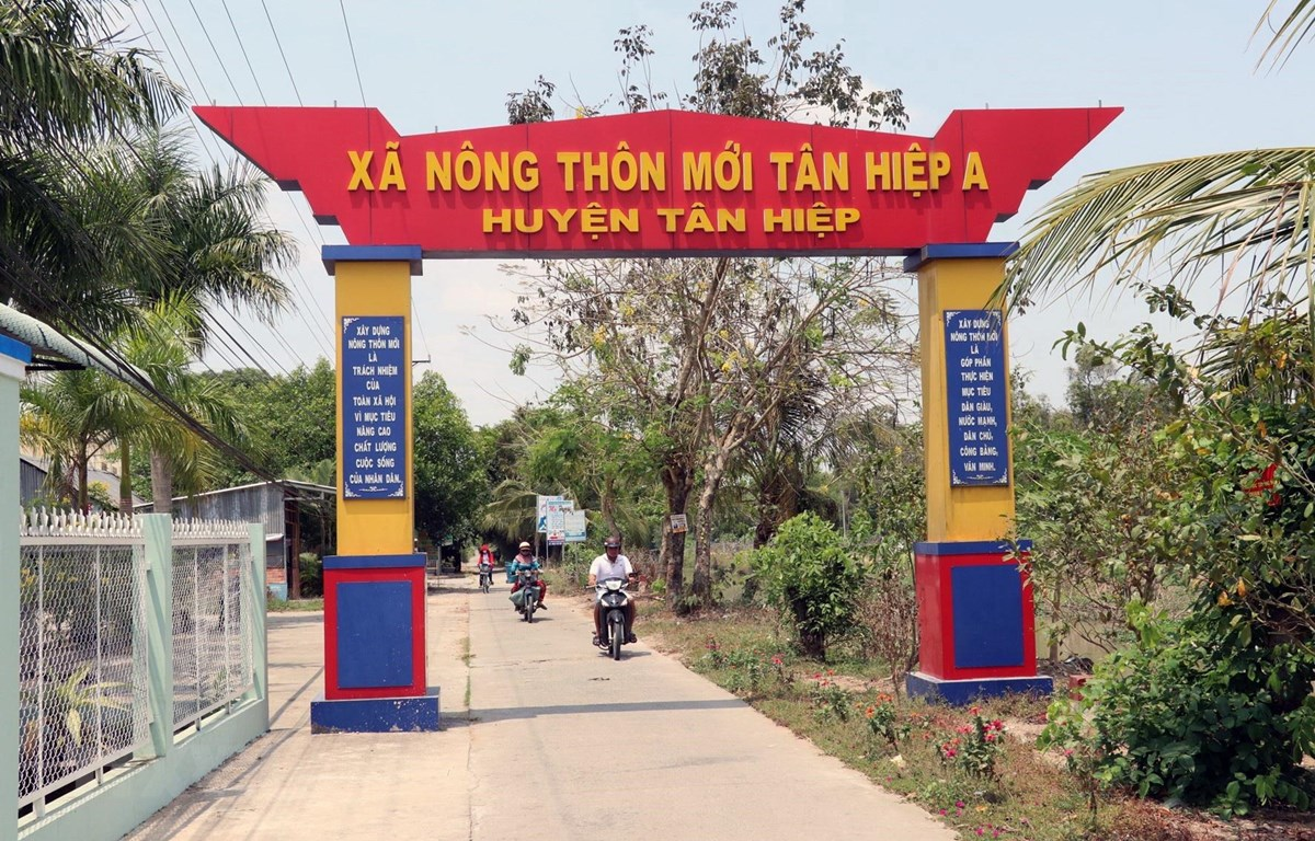 ban hanh ke hoach tong ket 10 nam chuong trinh xay dung nong thon moi