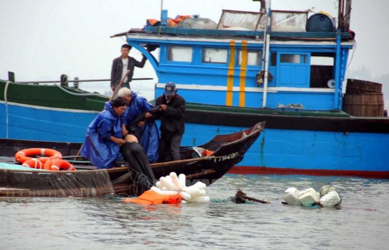 6 thuyền viên gặp nạn tàu chìm trên biển Thanh Hóa được ứng cứu kịp thời
