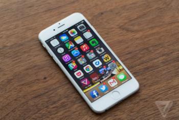 apple se hoan tra 50 usd cho nguoi tung thay pin iphone