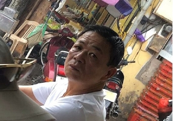 hung kinh va 4 dong pham bi de nghi truy to toi cuong doat tai san