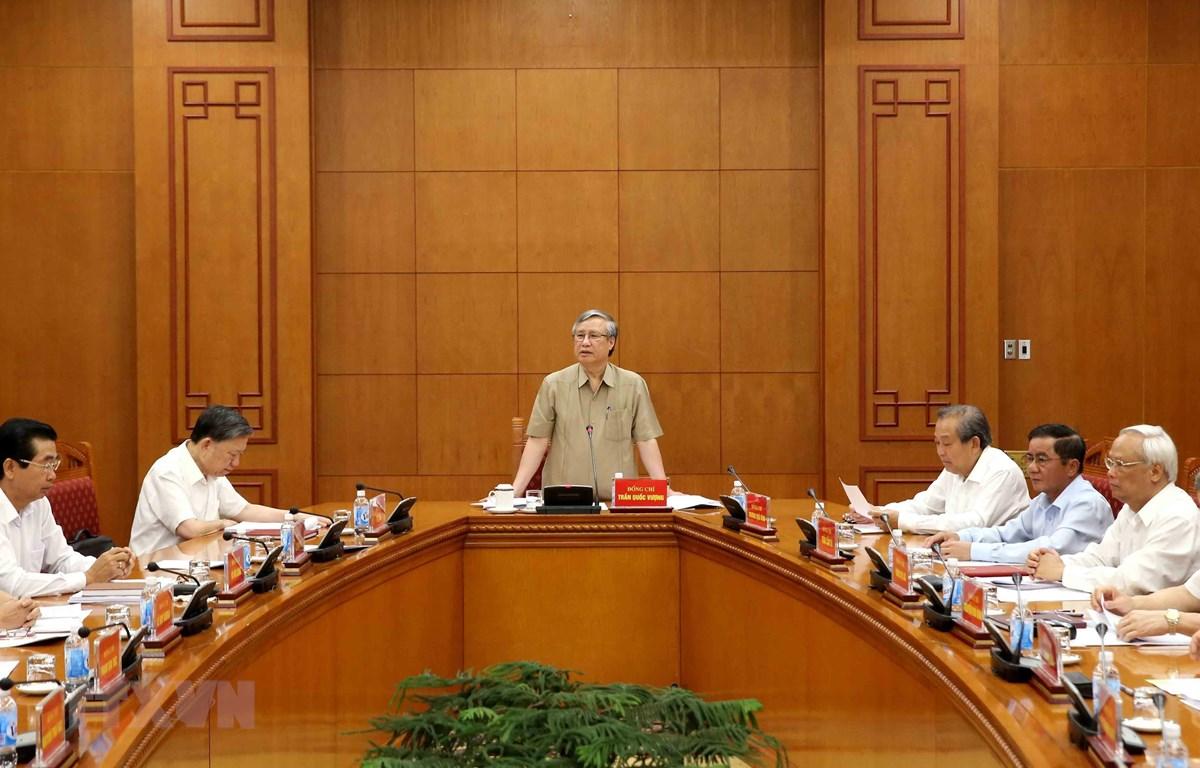 Ban Chỉ đạo Trung ương đốc tiến độ điều tra, truy tố hàng chục vụ án tham nhũng
