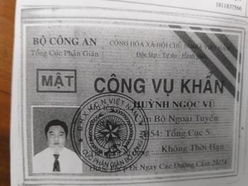 ba ria vung tau doi tuong vi pham toc do mang the cong vu khan gia ra de xin csgt cho qua
