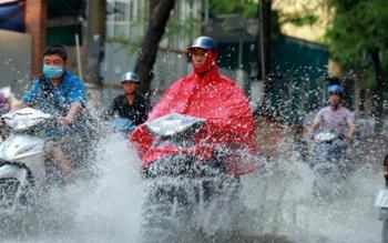 Dự báo ngày 17/6: Bắc Bộ mưa dông, Trung Bộ nắng nóng kéo dài nhiều ngày