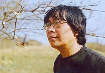 """Nhà thơ Trần Hòa Bình suốt đời làm một cây xương rồng nghèo khó"""""""