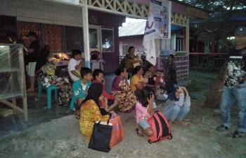 Hàng nghìn người sơ tán sau trận động đất cường độ 7,3 độ ở Indonesia