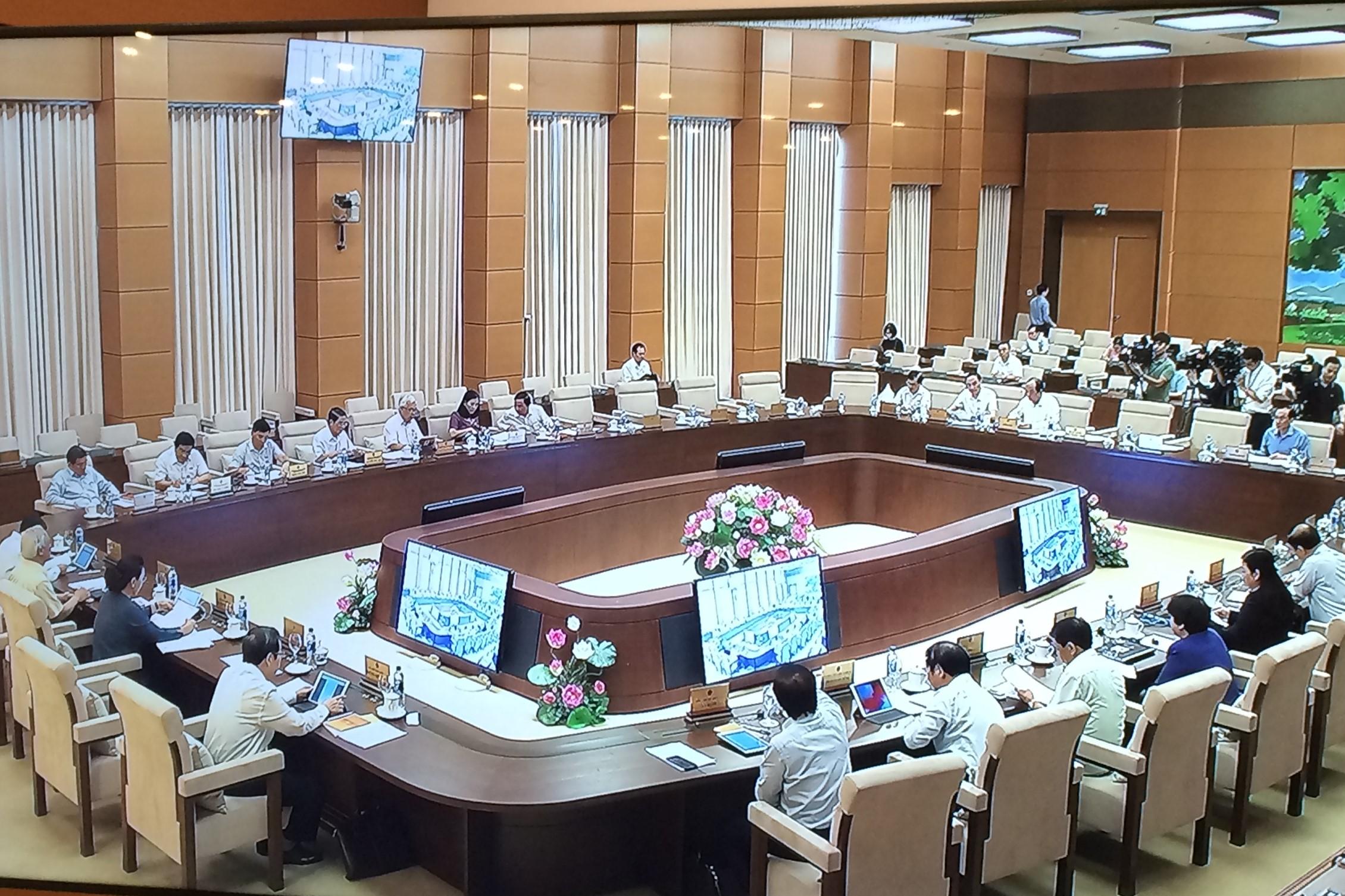 UBTVQH tổng kết kỳ họp thứ 7 Quốc hội khóa XIV