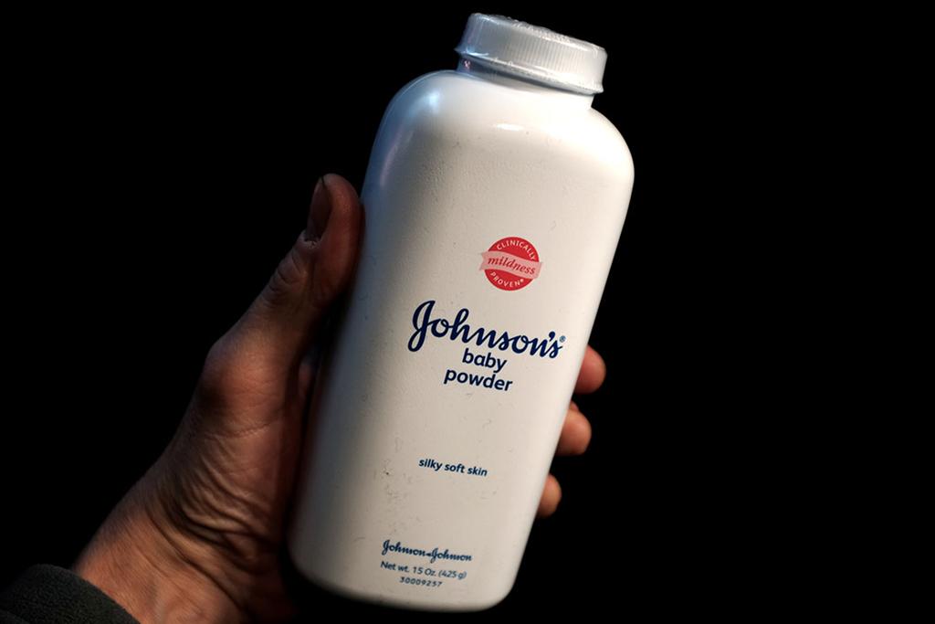 Phấn rôm Johnson & Johnson tiếp tục bị điều tra ở Mỹ vì nghi vấn nguy cơ gây ung thư