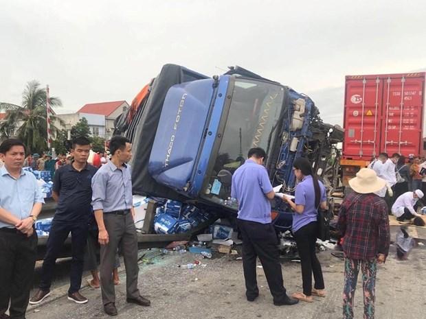 Vụ tai nạn 'kép' làm ít nhất 6 người chết ở Hải Dương: Xác định danh tính các nạn nhân