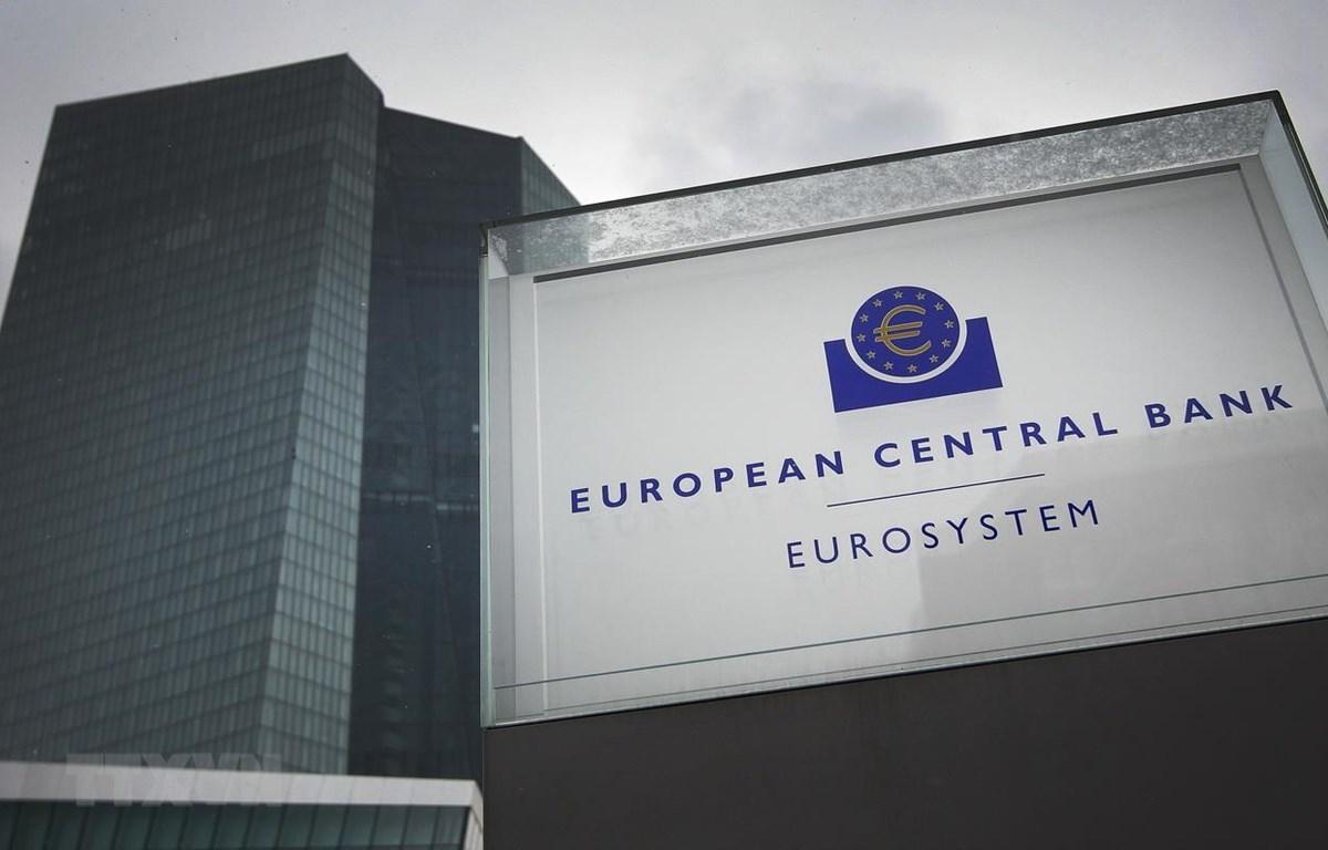du bao lam phat cua eurozone trong 3 nam toi deu duoi muc tieu 2