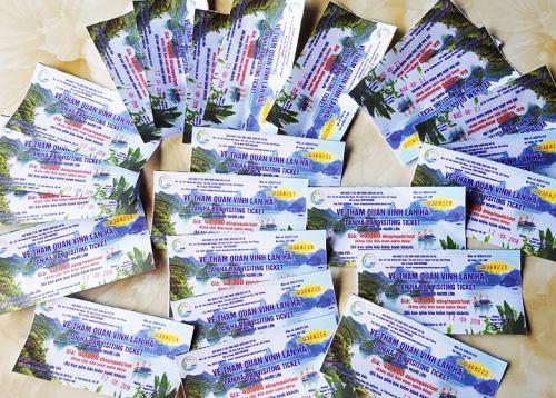 Hải Phòng: Nhân viên của Ban quản lý các vịnh Cát Bà bị tố ép khách mua vé bất hợp lý
