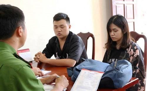 Đôi nam nữ đâm nhân viên shop quần áo ở Đắk Lắk bị khởi tố để điều tra về hành vi 'Cướp tài sản'