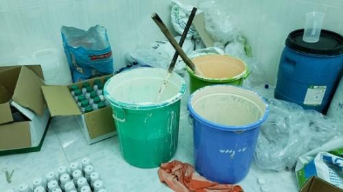 Triệt phá cơ sở sản xuất thuốc bảo vệ thực vật giả ở Cần Thơ
