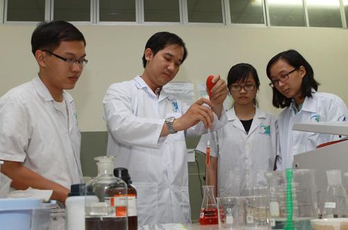Đề xuất tiêu chuẩn mới lựa chọn, công nhận nhà khoa học trẻ tài năng