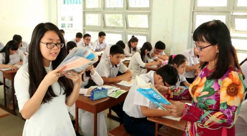 Khẩn trương ban hành Chương trình giáo dục phổ thông mới