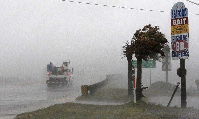 Tổng thống Mỹ quyết định ban bố tình trạng thảm họa tại 8 hạt ở Bắc Carolina do siêu bão Florence