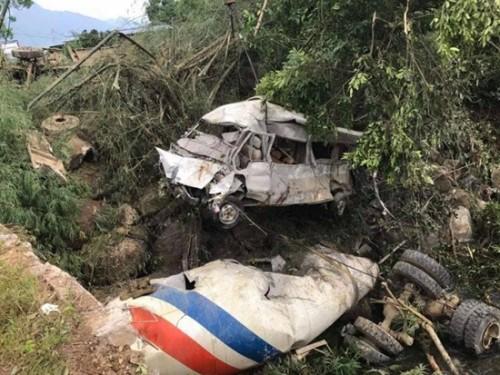 Thông tin về kết quả xác minh, điều tra sơ bộ vụ tai nạn giao thông khiến 13 người chết ở Lai Châu