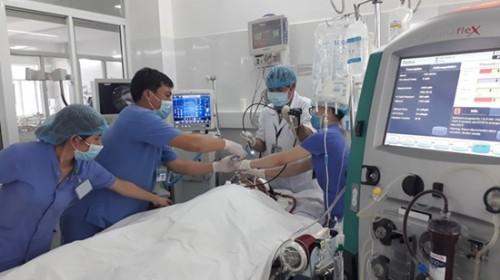 Vụ gia đình du khách ngộ độc ở Đà Nẵng: Người chồng hồi tỉnh, kể lại thông tin sự việc