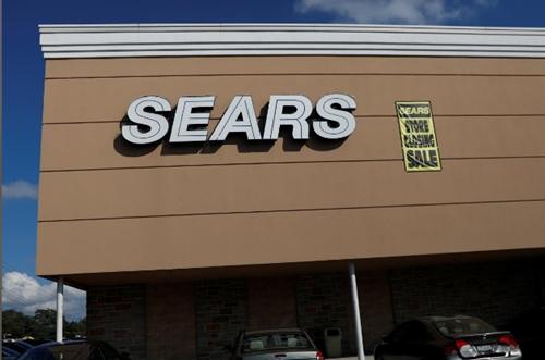 """""""Người khổng lồ"""" 125 năm tuổi của ngành bán lẻ Mỹ đệ đơn phá sản"""