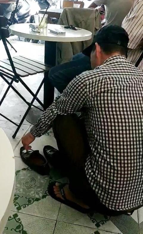 Đà Nẵng: Người đánh giày 'hét giá chặt chém' 450.000 đồng với khách