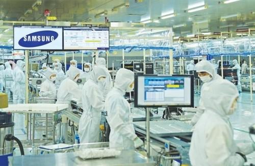 Đại diện Samsung Việt Nam nói gì trước đồn đoán 'chuyển sản xuất sang Triều Tiên'?
