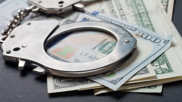 Phối hợp trao đổi thông tin phục vụ điều tra, truy tố, xét xử tội phạm rửa tiền